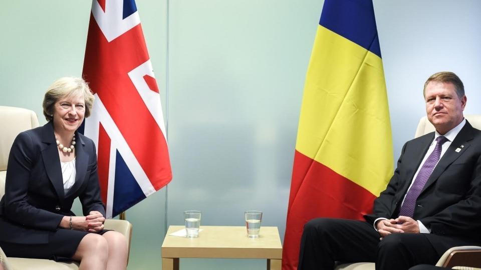 Reuters: Iohannis, întâlnire la sediul NATO din Bruxelles cu Theresa May și premierii din Olanda și Belgia