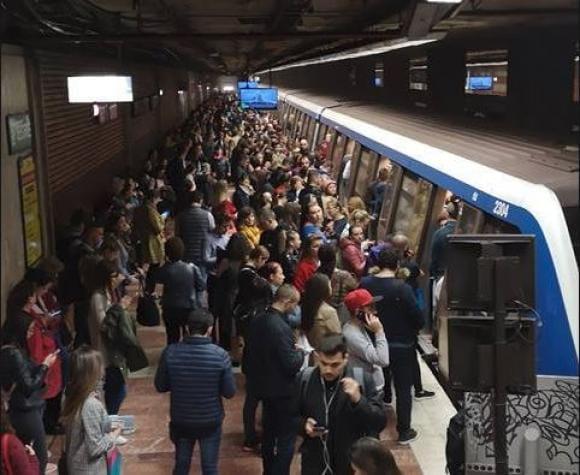 Firea: Greva de la metrou ar putea bloca Bucureştiul; solicit Ministerului Transporturilor să ...