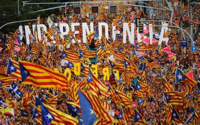 cu care se confrunta Barcelona.)