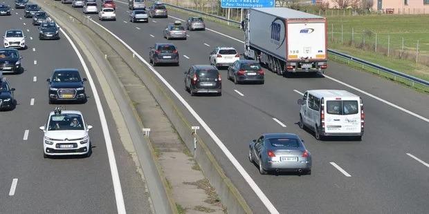 Ministrul Fondurilor Europene anunță intenția de a schimba taxarea transporturilor de mărfuri pe autostradă, în funcție de greutate și distanță
