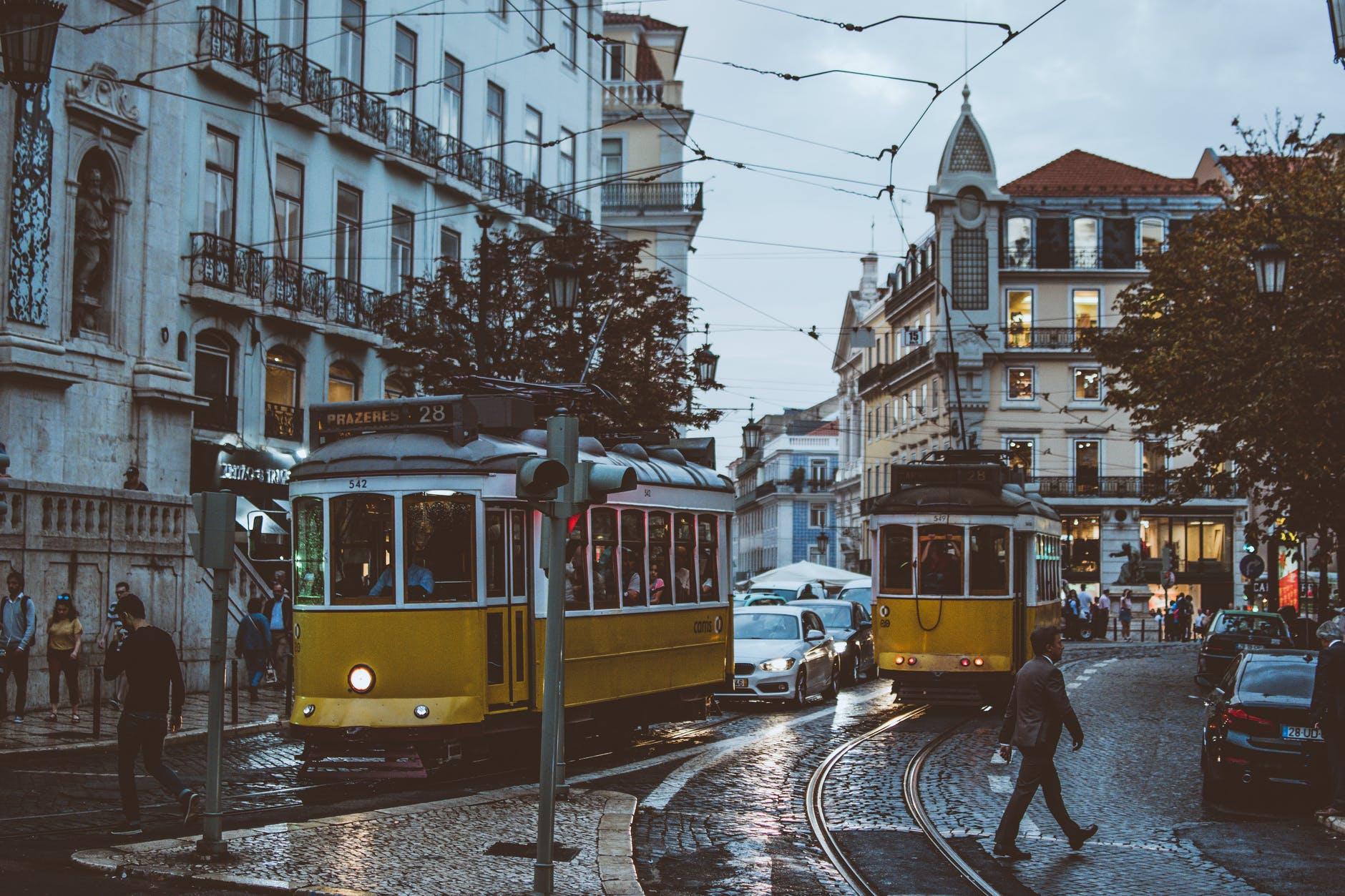 Portugalia va autoriza de luni călătoriile în scop turistic pentru persoanele din majoritatea ţărilor europene