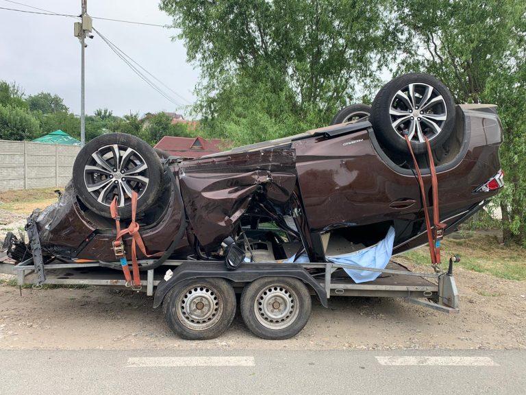 Accident în Pantelimon, mașina trecuse de barierele de cale ferată din Brănești